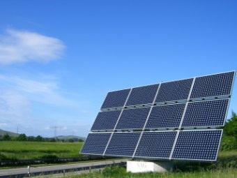 Contributi pubblici ai pannelli solari